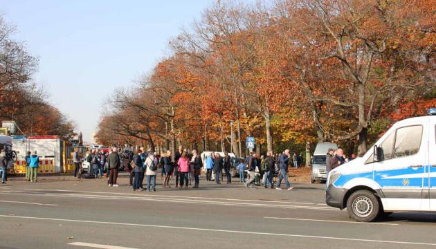 У Лейпцигу другий день протестували проти карантинних обмежень