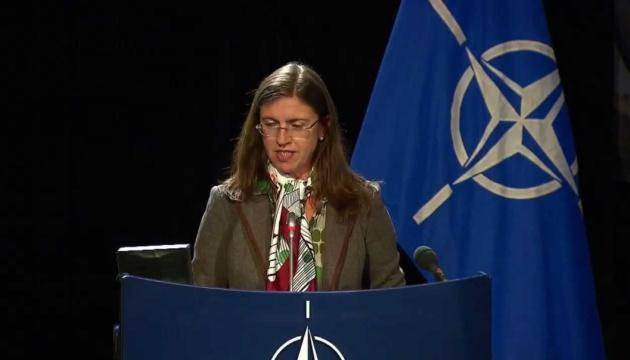 НАТО рассматривает предоставление Украине помощи для борьбы с COVID-19