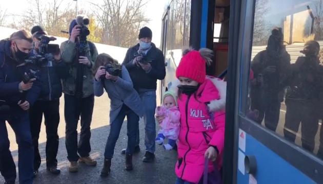 露占領者、ルハンシク州通過検問地点を開通せず