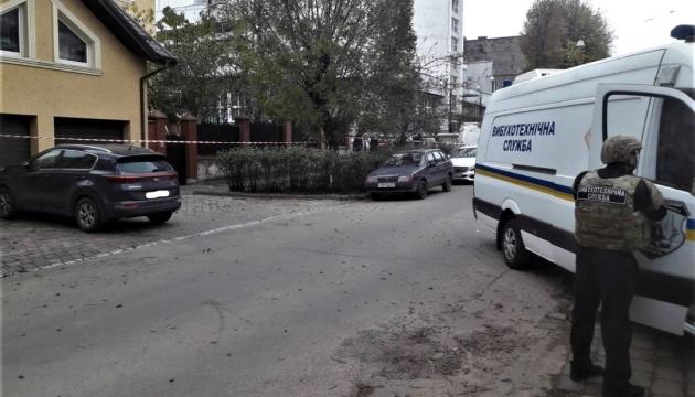 Поліція не знайшла вибухівки в машині активістів, які їхали до суду над Фединою та Звіробій