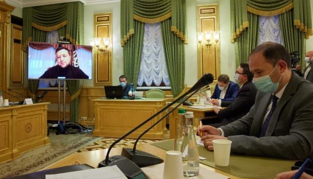 Зеленский готов даже к изменениям в Конституции ради судебной реформы
