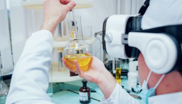 Німецька CureVac починає фінальну фазу випробувань COVID-вакцини