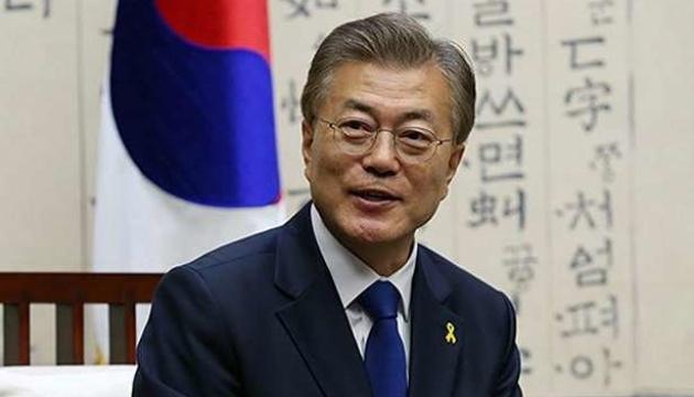 Президент Кореї українською побажав Зеленському одужання