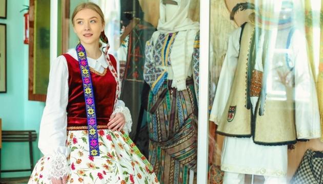 Черновицкий музей покажет туристам национальные костюмы Буковины