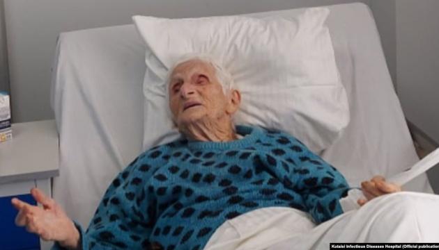 У Грузії від коронавірусу вилікували 102-річну жінку