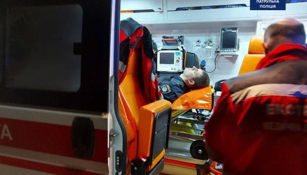 Стрілянина в Києві: пораненому поліцейському зробили операцію