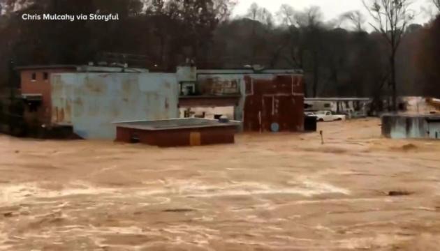Тропічний шторм Ета забрав життя чотирьох людей у США