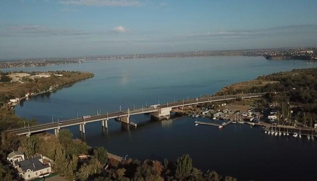 100 мостів Південного Бугу