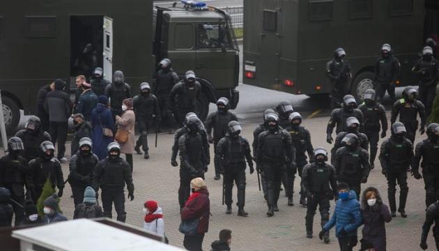 У Мінську - марш у пам'ять загиблого активіста Бондаренка: стягують військову техніку