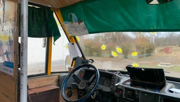 Пейнтбол на виборах: під Краматорськом обстріляли мікроавтобус членів ДВК