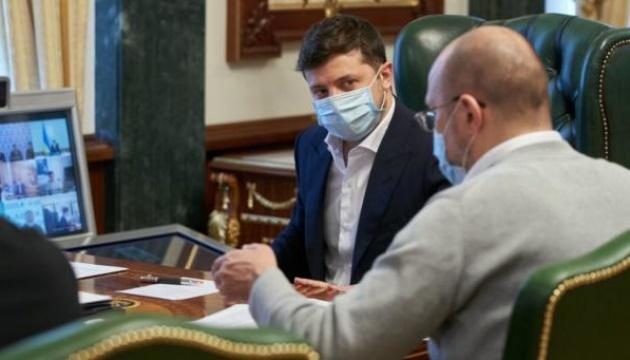 Степанов уверяет, что у него нормальные рабочие отношения с Зеленским