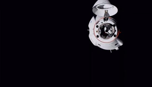 Crew Dragon успешно пристыковался к МКС
