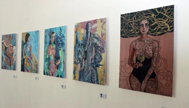 Виставка в Бангкоку розповідає про українських жінок в мистецтві