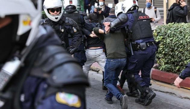 Поліція в Афінах розігнала мітинг до річниці студентського повстання