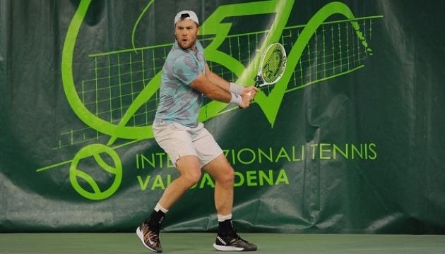 Украинец Марченко без борьбы вышел в 1/4 финала турнира АТР в Италии