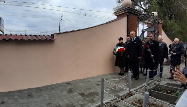 L'ambassadeur de France en Ukraine se rend à Odessa pour la commémoration du 11 novembre
