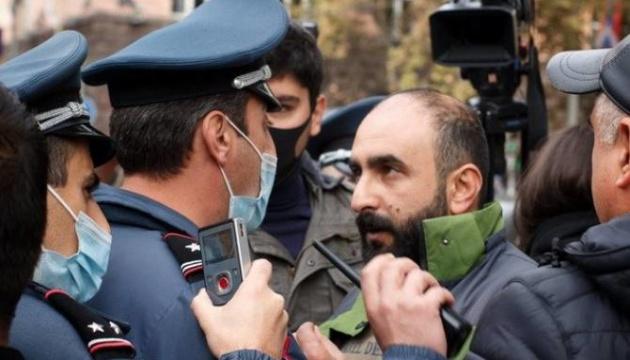У Єревані протестувальники знову перекривають вулиці, є затримані