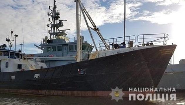 У побережья Британии задержали судно с нелегалами, арестовали двоих украинцев