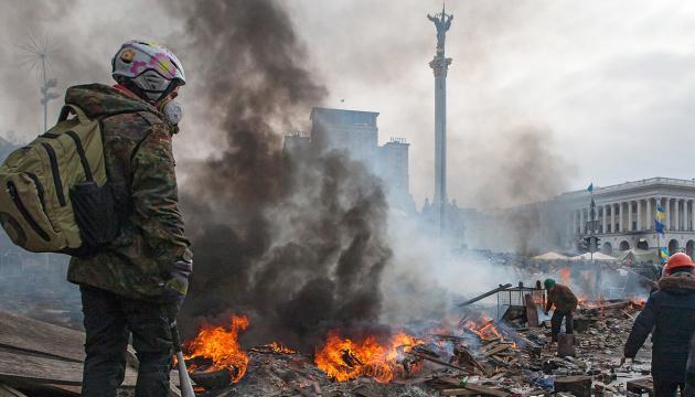 Prezydent Ukrainy Wołodymyr Zełenski uczcił pamięć Bohaterów Niebiańskiej Sotni