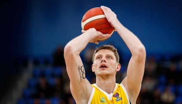 Баскетбол: Пустовой не сыграет за Украину против Словении и Австрии