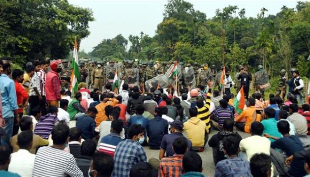 В Індії поліцейські стріляли по протестувальниках, є загиблий
