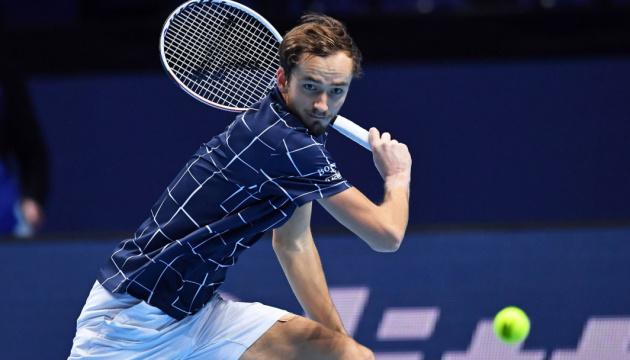 Медведєв обіграв Надаля і вийшов у фінал Підсумкового турніру АТР