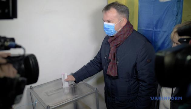 Синютка привітав Садового з перемогою на виборах мера Львова