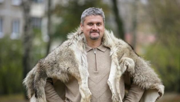 Лідер білоруського музичного гурту «Стари Ольса» виїхав в Україну
