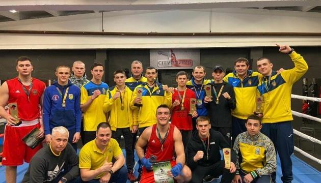 Украина стала второй в медальном зачете молодежного ЧЕ по боксу