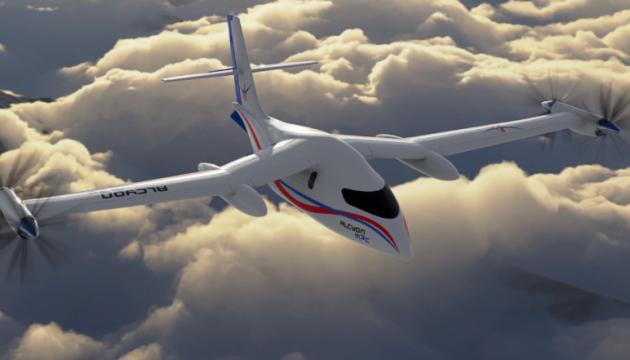 У Франції розробляють два гібридні літаки