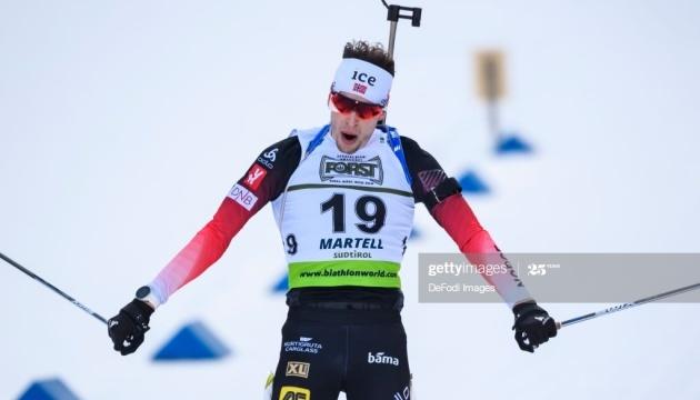 Норвежец Лагрейд выиграл стартовую гонку Кубка мира по биатлону