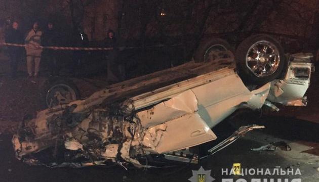 У Кам'янці-Подільському перекинувся Subaru - загинули двоє жінок