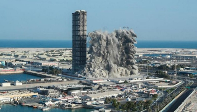 В ОАЕ підірвали одразу чотири хмарочоси