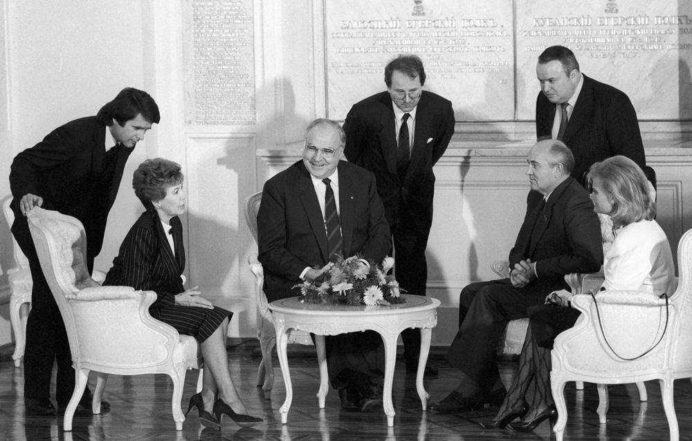 Переговори Гельмута Коля і Горбачова