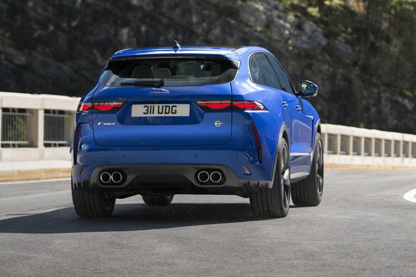 Jaguar представил новый хэтчбек на 550 «лошадей»