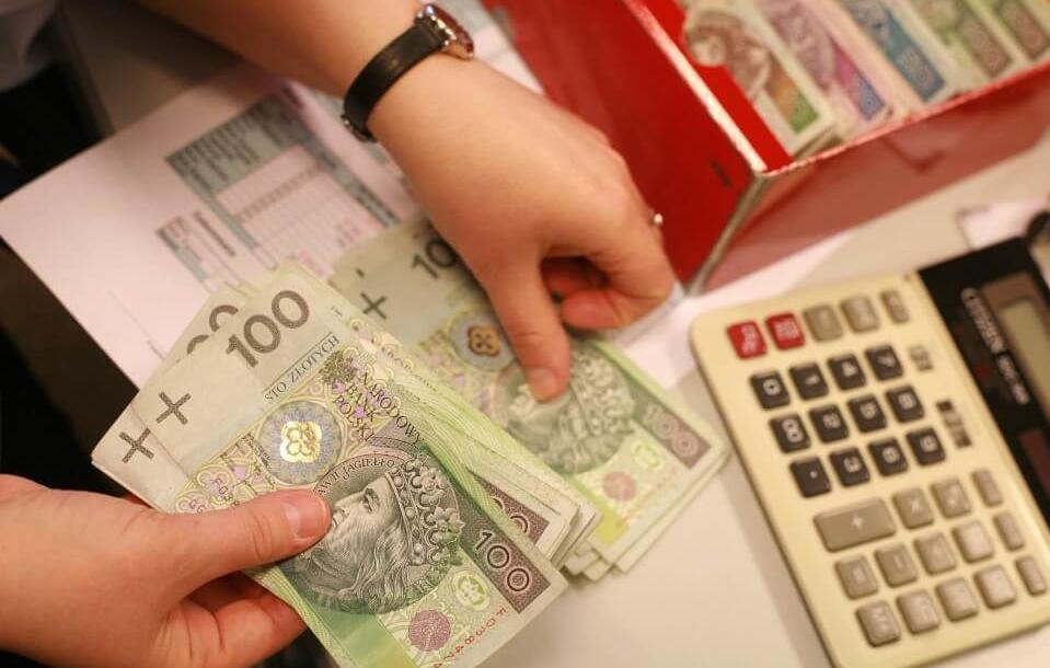 Середня зарплата українця у Польщі – 18-23 тисячі гривень