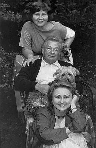 Із дружиною Галиною та дочкою Валентиною 1