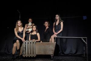 Дикий театр створив проєкт «Нові шрами» про насильство під час карантину