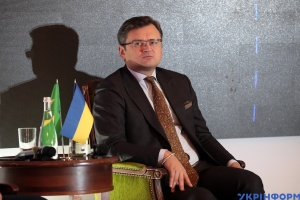 Кулеба ждет от Сиярто конкретных идей по развитию двусторонних отношений