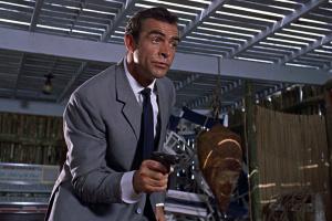 Пистолет Шона Коннери из первого фильма «бондианы» продали за $ 256 тысяч