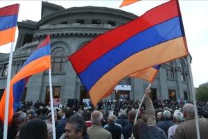 В Єревані проходить мітинг опозиції