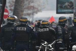 В Париже прошла акция против новых полномочий полиции
