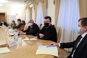РНБО застосує санкції за контрабанду ще до 12 фізичних та юридичних осіб