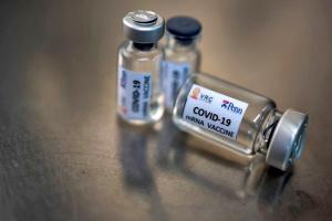 В ЕМА рассматривают к принятию четыре вакцины, в том числе Sputnik V