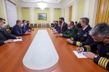 Ucrania y Brasil identifican proyectos prometedores en las industrias militar y aeroespacial