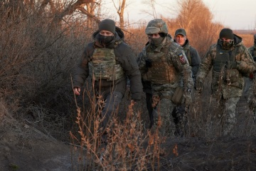 Tag der ukrainischen Streitkräfte: Selenskyj besuchte am Sonntag Front
