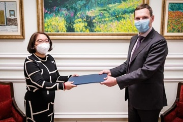 Yenin receives copies of credentials from ambassador of Philippines to Ukraine