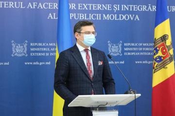 クレーバ外相、サンドゥ・モルドバ次期大統領と会談 「ウクライナは新しいページを開く準備あり」