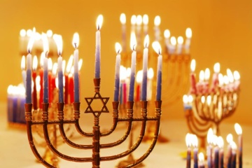 Zelensky greets Jews on Hanukkah