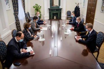 Ukraine's FM, WHO Regional Director discuss response to pandemic, access to vaccines
